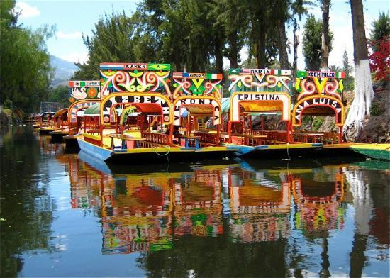 floating-gardens-of-xochimilco