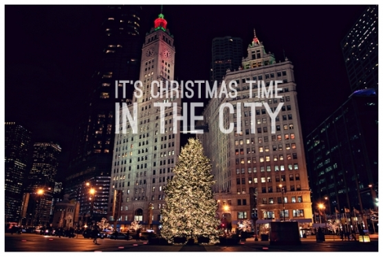 christmas_chicago-wrigley_building_trump_michigan_avenue(pp_w643_h434)